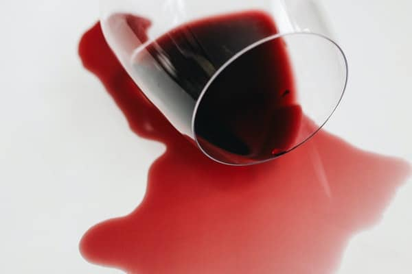 how to clean red wine stains from carpets